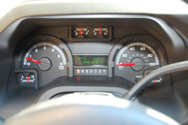 2013 Ford 15 Pass. V10 XLT Charlotte, North Carolina 16