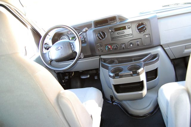 2013 Ford 15 Pass. XL Charlotte, North Carolina 14