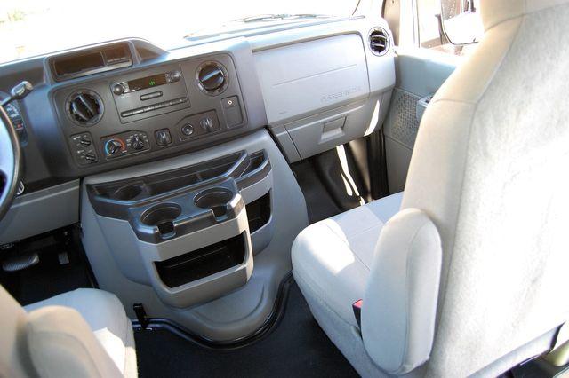 2013 Ford 15 Pass. XL Charlotte, North Carolina 15