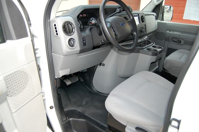 2013 Ford E-150 Cargo Van Charlotte, North Carolina 4
