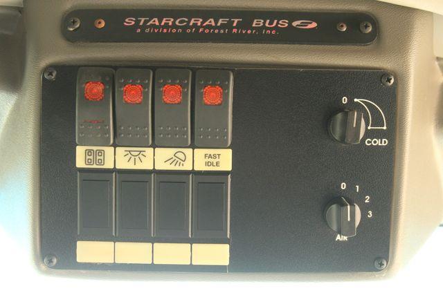 2013 Ford E-350 Starcraft 15 Passenger Shuttle Bus Irving, Texas 38