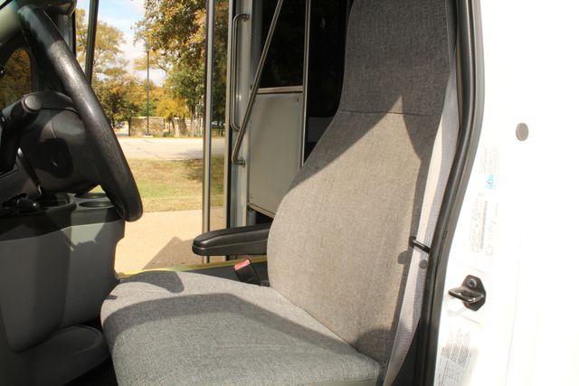 2013 Ford E-350 Starcraft 15 Passenger Shuttle Bus Irving, Texas 48
