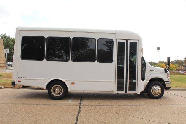 2013 Ford E-350 Starcraft 15 Passenger Shuttle Bus Irving, Texas 9
