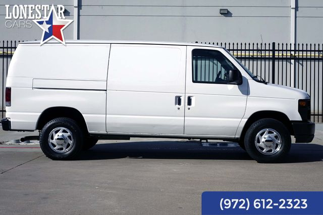 2013 Ford E-250 Cargo Van Commercial Clean Carfax One Owner in Merrillville, IN 46410