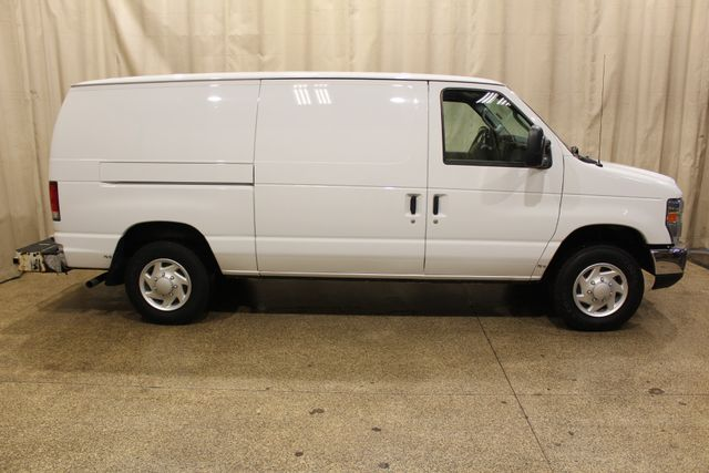 2013 Ford E-Series Cargo Van Commercial in Roscoe, IL 61073