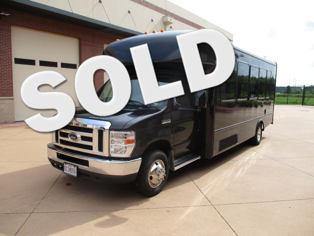 2013 Ford E-Series Cutaway STARCRAFT CONVERSION LIMO BUS