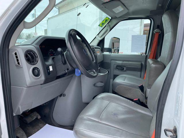 2013 Ford E-Series Cutaway Hoosick Falls, New York 4