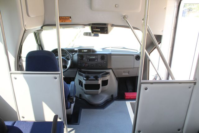 2013 Ford E350 15 Passenger Starcraft Shuttle Bus W/ Wheelchair Lift Irving, Texas 25