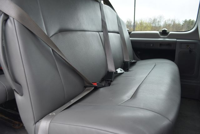 2013 Ford E350 Econoline Passenger Naugatuck, Connecticut 10
