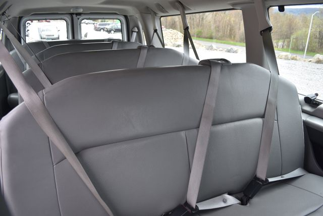 2013 Ford E350 Econoline Passenger Naugatuck, Connecticut 14