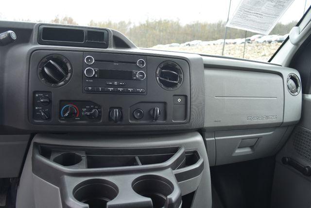 2013 Ford E350 Econoline Passenger Naugatuck, Connecticut 18