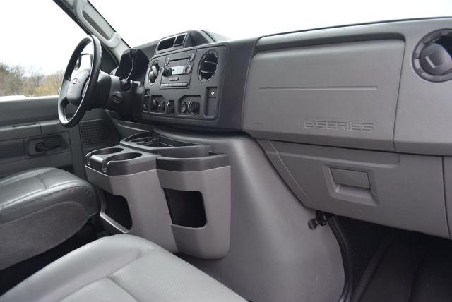 2013 Ford E350 Econoline Passenger Naugatuck, Connecticut 9