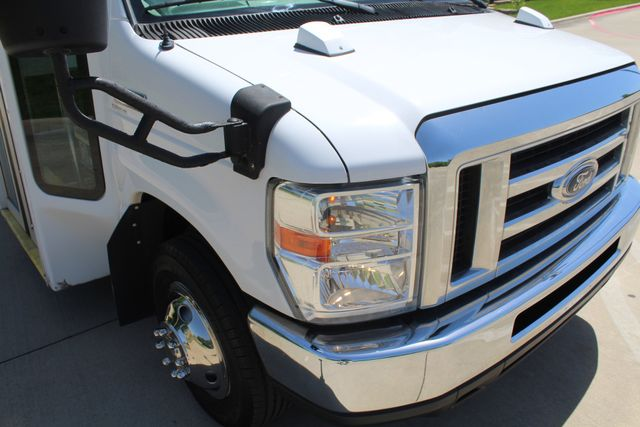 2013 Ford E450 15 Passenger Eldorado Shuttle Bus With Luggage Storage Irving, Texas 1