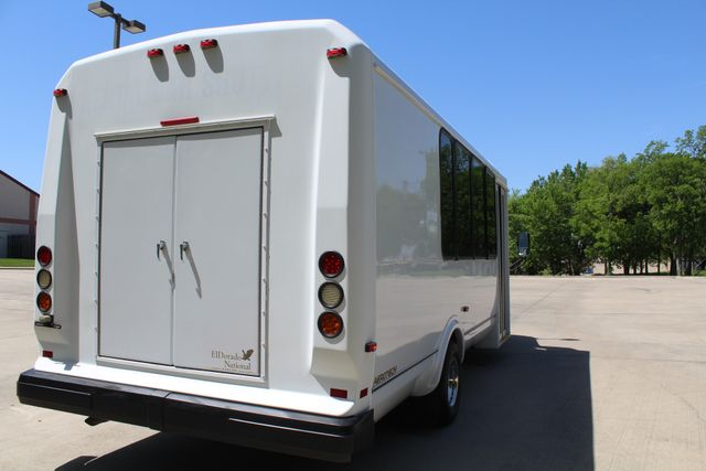 2013 Ford E450 15 Passenger Eldorado Shuttle Bus With Luggage Storage Irving, Texas 10