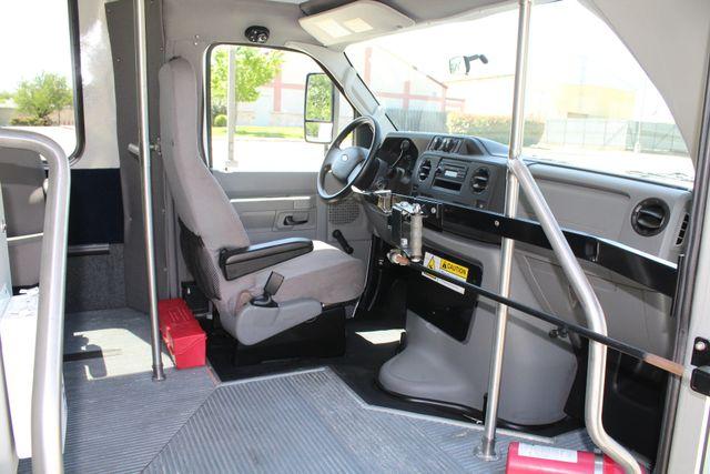 2013 Ford E450 15 Passenger Eldorado Shuttle Bus With Luggage Storage Irving, Texas 14