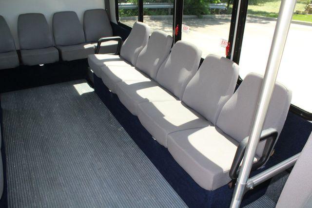 2013 Ford E450 15 Passenger Eldorado Shuttle Bus With Luggage Storage Irving, Texas 15