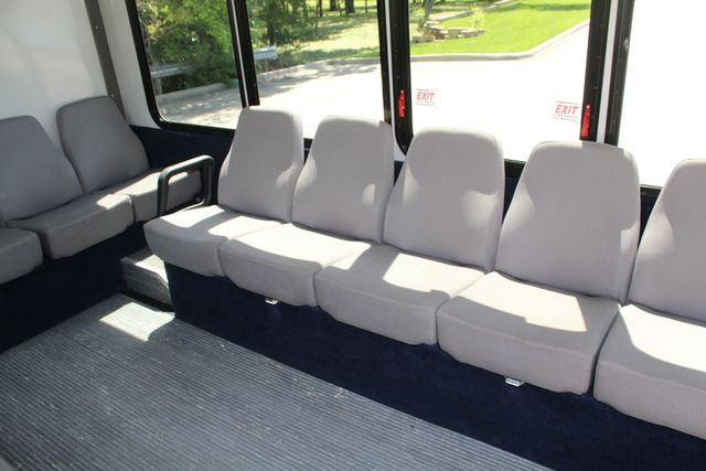 2013 Ford E450 15 Passenger Eldorado Shuttle Bus With Luggage Storage Irving, Texas 16