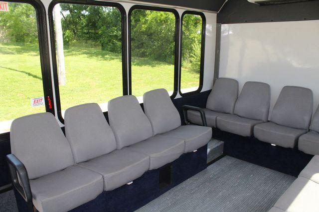 2013 Ford E450 15 Passenger Eldorado Shuttle Bus With Luggage Storage Irving, Texas 18