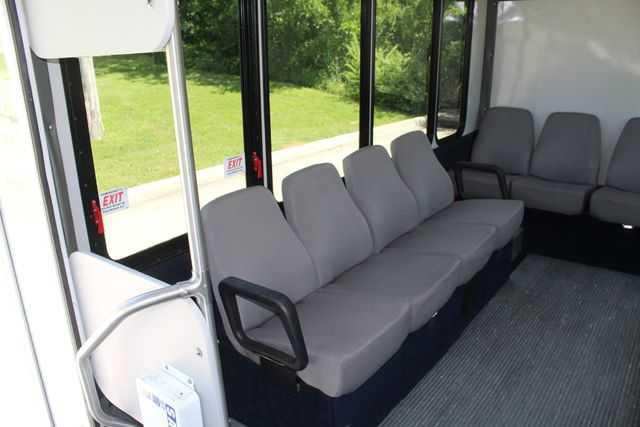 2013 Ford E450 15 Passenger Eldorado Shuttle Bus With Luggage Storage Irving, Texas 19