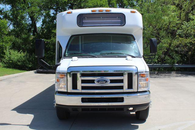2013 Ford E450 15 Passenger Eldorado Shuttle Bus With Luggage Storage Irving, Texas 2