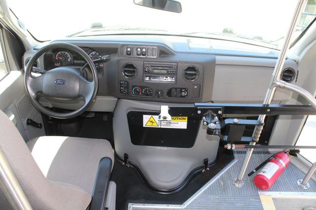 2013 Ford E450 15 Passenger Eldorado Shuttle Bus W/ Luggage Storage Irving, Texas 32