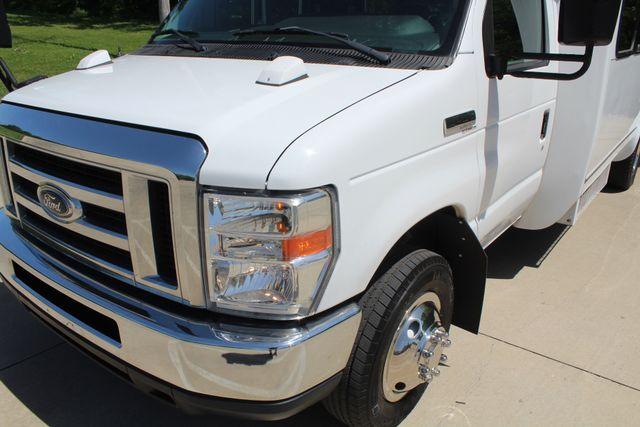 2013 Ford E450 15 Passenger Eldorado Shuttle Bus With Luggage Storage Irving, Texas 4