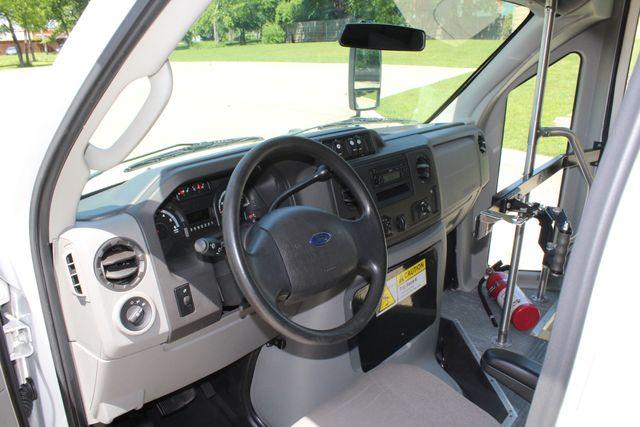 2013 Ford E450 15 Passenger Eldorado Shuttle Bus W/ Luggage Storage Irving, Texas 41
