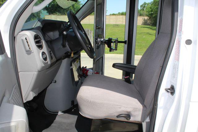 2013 Ford E450 15 Passenger Eldorado Shuttle Bus W/ Luggage Storage Irving, Texas 43