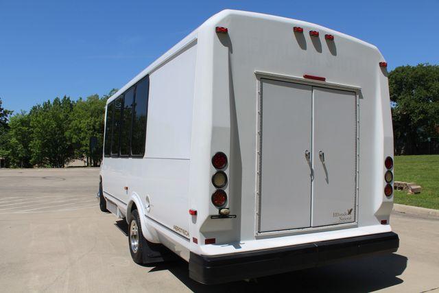 2013 Ford E450 15 Passenger Eldorado Shuttle Bus W/ Luggage Storage Irving, Texas 8