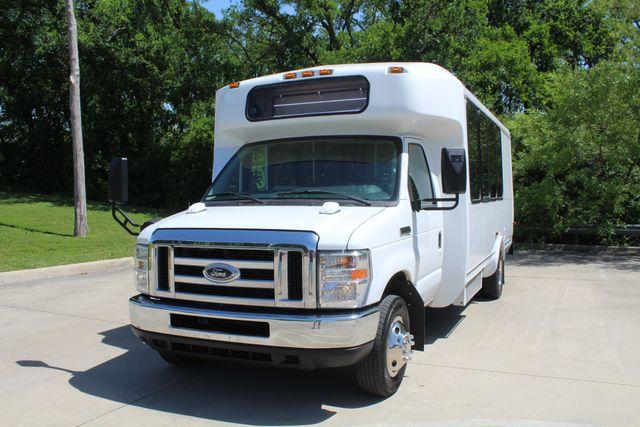 2013 Ford E450 15 Passenger Eldorado Shuttle Bus W/ Luggage Storage Irving, Texas 61