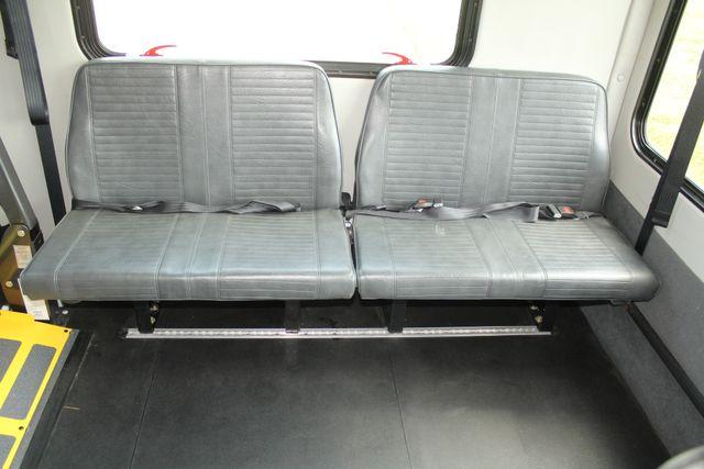 2013 Ford E450 Starcraft 21 Passenger CNG Shuttle Bus W/ Wheelchair Lift Irving, Texas 19