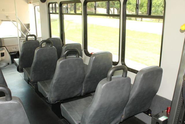 2013 Ford E450 Starcraft 21 Passenger CNG Shuttle Bus W/ Wheelchair Lift Irving, Texas 22
