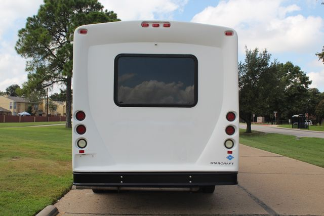 2013 Ford E450 Starcraft 21 Passenger CNG Shuttle Bus W/ Wheelchair Lift Irving, Texas 5