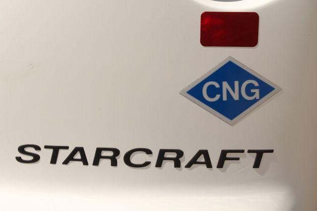 2013 Ford E450 Starcraft 21 Passenger CNG Shuttle Bus W/ Wheelchair Lift Irving, Texas 72