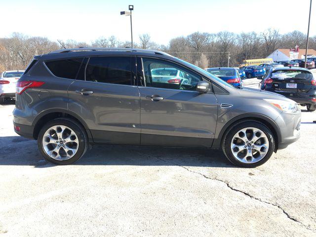 2013 Ford Escape Titanium in Gower Missouri, 64454