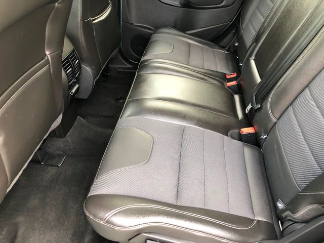 2013 Ford Escape Titanium Knoxville , Tennessee 33