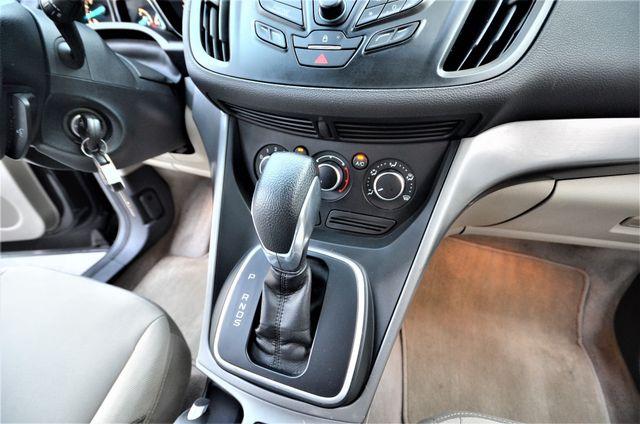 2013 Ford Escape SE Reseda, CA 40