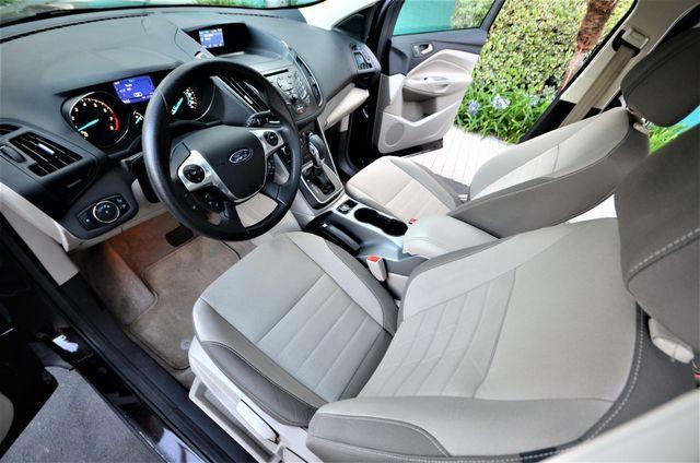 2013 Ford Escape SE Reseda, CA 10