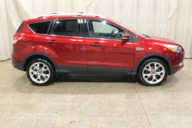 2013 Ford Escape 4wd Titanium in Roscoe, IL 61073