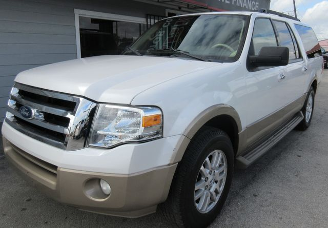 2013 Ford Expedition EL XLT south houston, TX 1