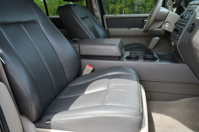 2013 Ford Expedition XLT 4WD Naugatuck, Connecticut 10