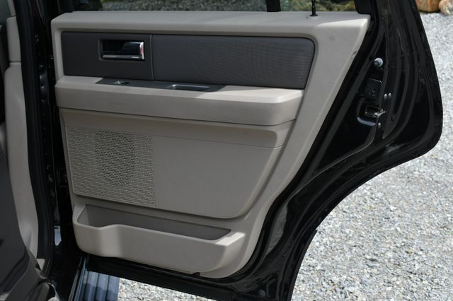 2013 Ford Expedition XLT 4WD Naugatuck, Connecticut 13
