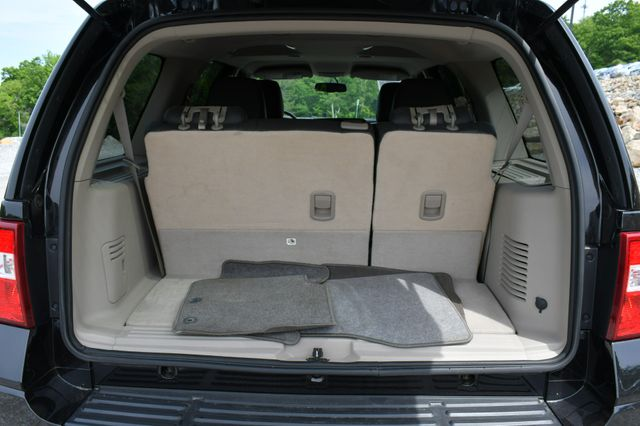 2013 Ford Expedition XLT 4WD Naugatuck, Connecticut 14