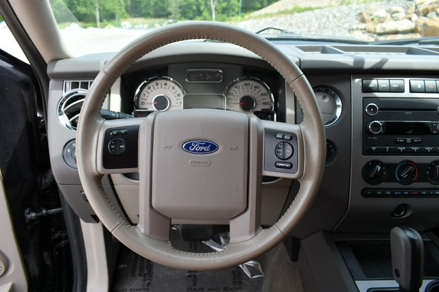 2013 Ford Expedition XLT 4WD Naugatuck, Connecticut 24