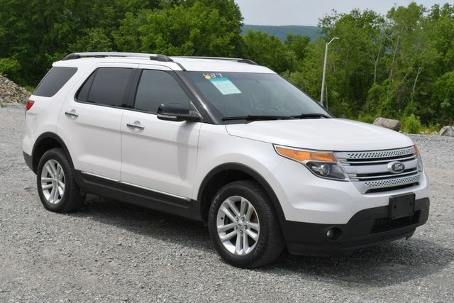 2013 Ford Explorer XLT 4WD Naugatuck, Connecticut 8