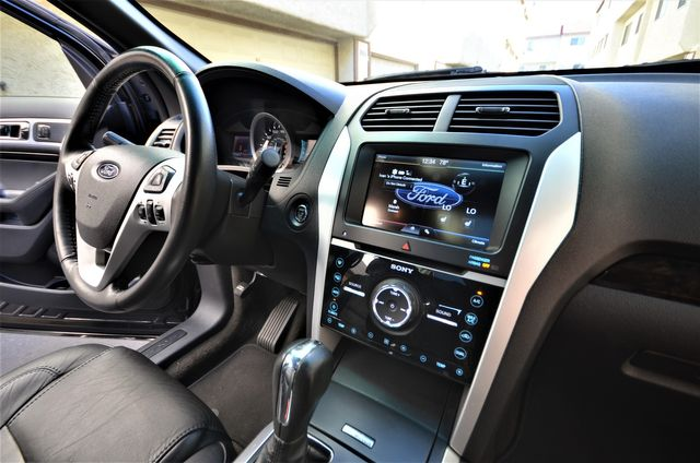 2013 Ford Explorer Limited in Reseda, CA, CA 91335