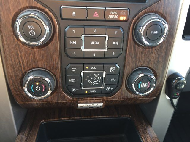 2013 Ford F-150 Lariat in Boerne, Texas 78006