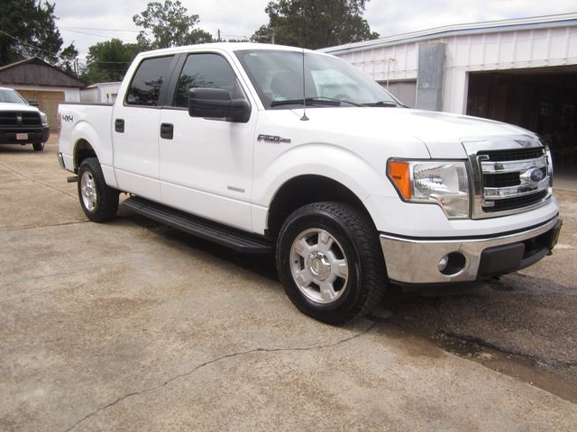 2013 Ford F-150 Crew Cab 4x4 XLT Houston, Mississippi 1