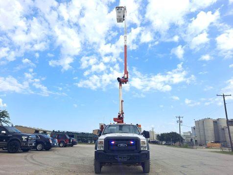 2013 Ford F-550 42' ALTEC 4X4 ARTICULATING & TELESCOPIC FIBERGLASS BUCKET TRUCK in Fort Worth, TX