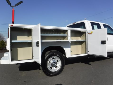 2013 Ford F350  Crew Cab 4x4 with New 9' Knapheide Utility Bed in Ephrata, PA